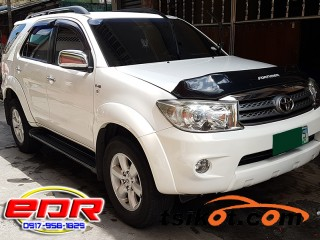 cars_17381_toyota_fortuner_2010_17381_2