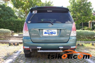 cars_17744_toyota_innova_2011_17744_4