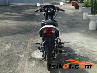 motorbikes_14850_honda_xrm_125_motard_2015_14850_4