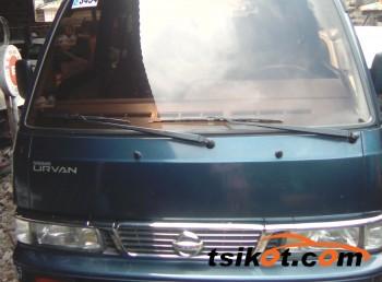 cars_10403_nissan_urvan_2010_10403_1