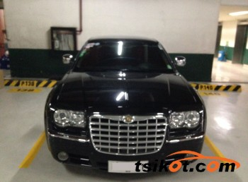 cars_12441_chrysler_300_2010_12441_1