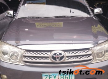 cars_13178_toyota_fortuner_2006_13178_1