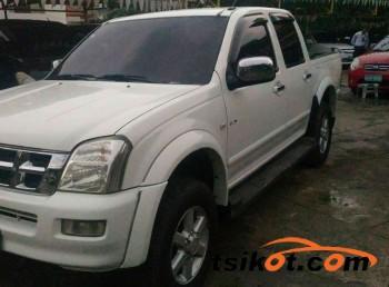 cars_13288_isuzu_d_max_2004_13288_1