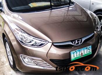 cars_13533_hyundai_elantra_0_13533_1