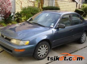 cars_14233_toyota_corolla_1993_14233_1