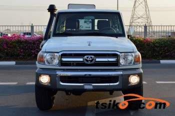 cars_14943_toyota_land_cruiser_2017_14943_1