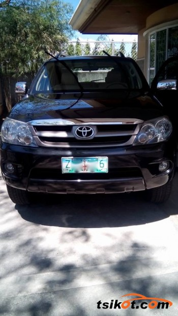 cars_16595_toyota_fortuner_2008_16595_1