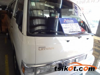 cars_16636_nissan_urvan_2012_16636_1