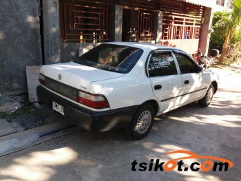 cars_17143_toyota_corolla_1996_17143_1