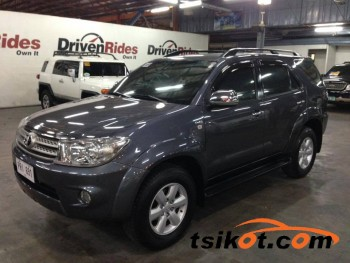 cars_17363_toyota_fortuner_2010_17363_9