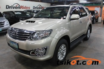 cars_17377_toyota_fortuner_2014_17377_2