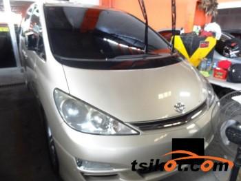 cars_17595_toyota_previa_2004_17595_1