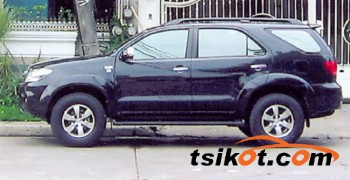 cars_17663_toyota_fortuner_2006_17663_1