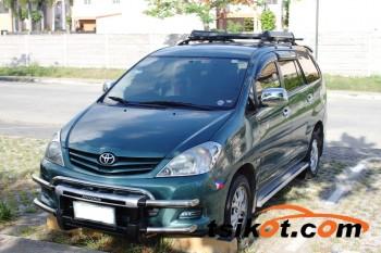 cars_17744_toyota_innova_2011_17744_1