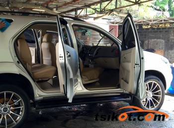 cars_8928_toyota_fortuner_2008_8928_1