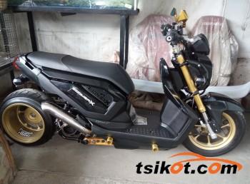 motorbikes_10673_honda_zoomer_2014_10673_1